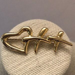 Vintage gold heart & X's brooch